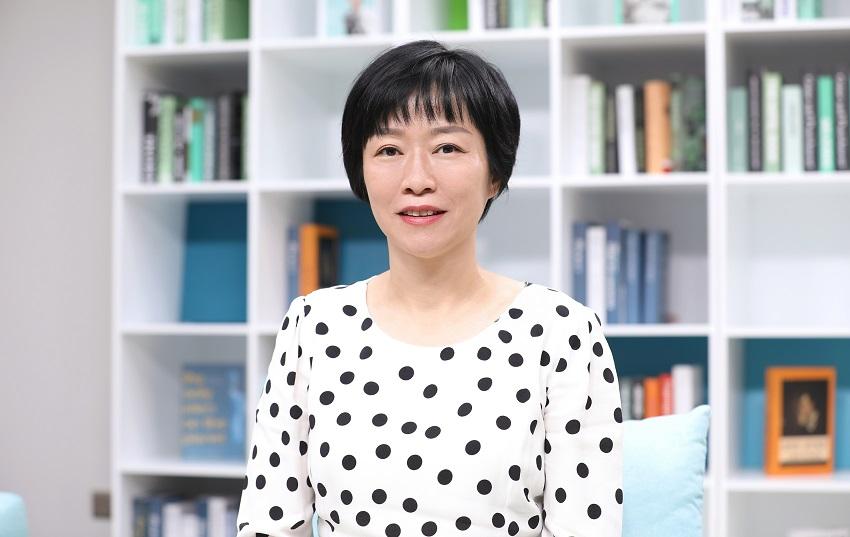 Catherine-Chen-Pho-Ch-tich-Cp-cao-va-Giam-dc-Hoi-dong-Quan-tri-ca-Huawei.jpg